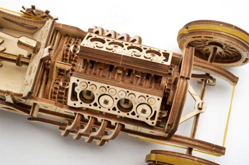 auto u-9 grand prix pokaz mechanizmu