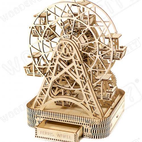 wooden city diabelski młyn prezentacja modelu