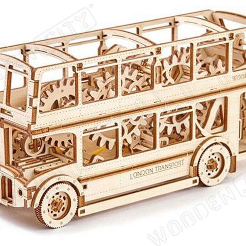 wooden city autobus londyński prezentacja