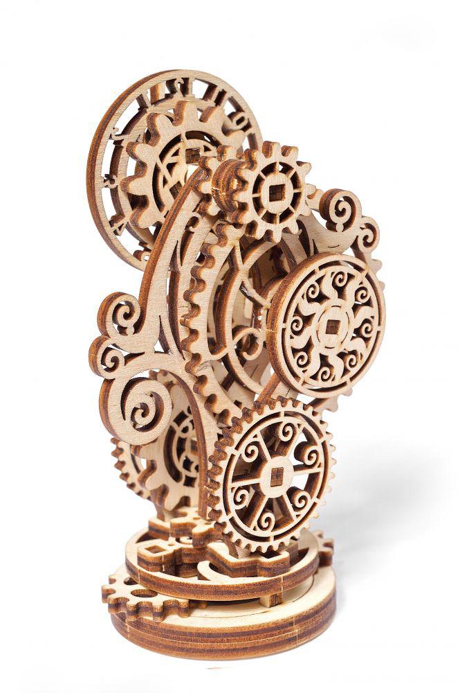 ugears zegar steampunk z boku